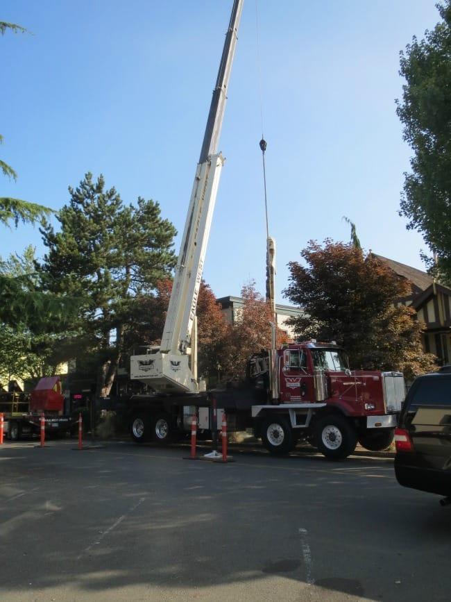 40 Ton Stiff Boom Crane