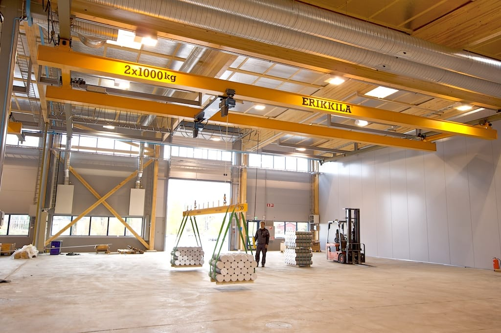 some overhead crane hazards and ways to avoid them